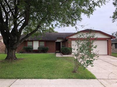 League City TX Single Family Home For Sale: $185,000