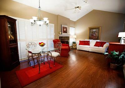 The Woodlands Condo/Townhouse For Sale: 3500 Tangle Brush Drive #212