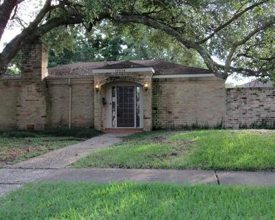 Single Family Home For Sale: 15514 Baybrook Drive