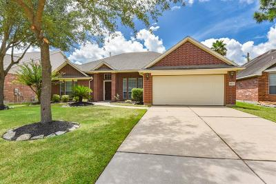 Cypress Single Family Home For Sale: 18111 Dovefield Lane