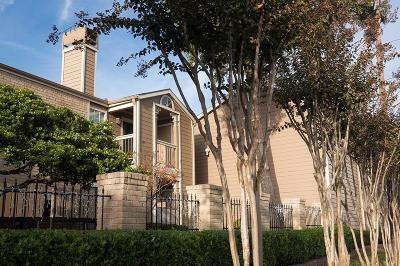 Condo/Townhouse For Sale: 1860 White Oak Drive #243