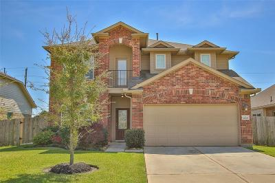 Galveston County, Harris County Single Family Home For Sale: 32007 Steven Springs Drive
