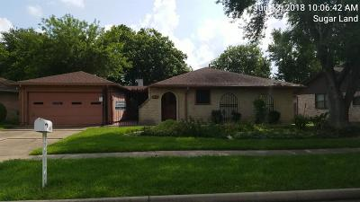 Sugar Land Single Family Home For Sale: 1850 Michele Drive