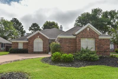 Cypress Single Family Home For Sale: 15418 Evergreen Knoll Lane