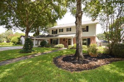 Nassau Bay Single Family Home For Sale: 18219 Caprice Lane