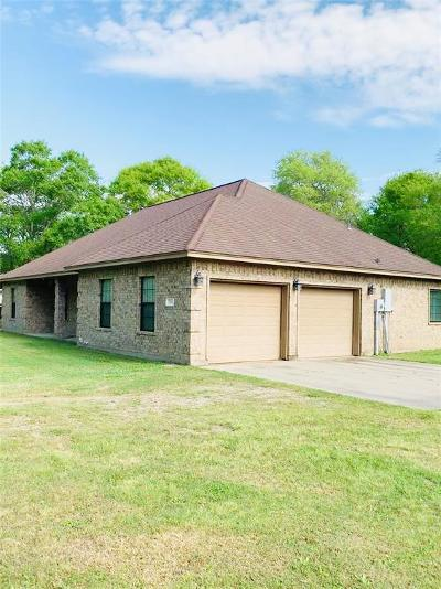 Sweeny Single Family Home For Sale: 7555 County Road 684