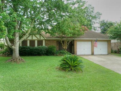 League City TX Single Family Home For Sale: $189,000