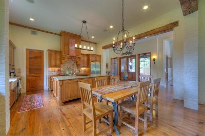 Single Family Home For Sale: 41 Courtyard Circle