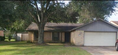 Waller Single Family Home Option Pending: 31719 Ironwood Drive