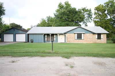 Bay City TX Single Family Home For Sale: $165,000