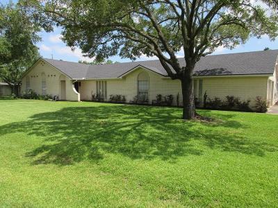Eagle Lake Single Family Home For Sale: 101 Lakeway Street