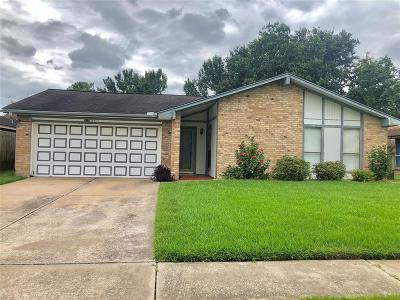 Pasadena Single Family Home For Sale: 4510 Jamaica Lane