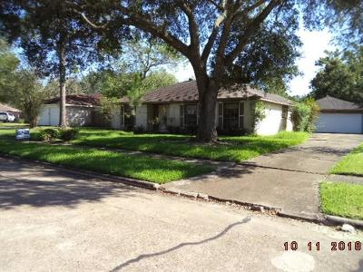 Friendswood Single Family Home For Sale: 408 Broadmoor Street