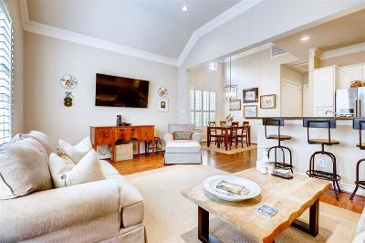 Cottage Grove Single Family Home For Sale: 5956 Kansas Street