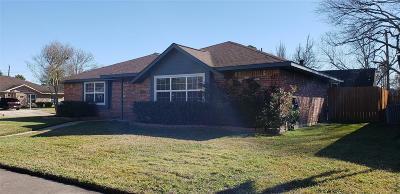 Deer Park Single Family Home For Sale: 757 E Brown Lane