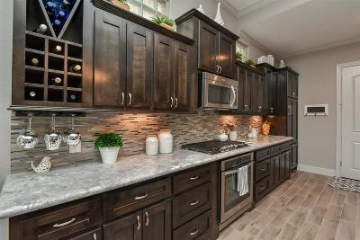 Single Family Home For Sale: 38 Jarvis Row Circle
