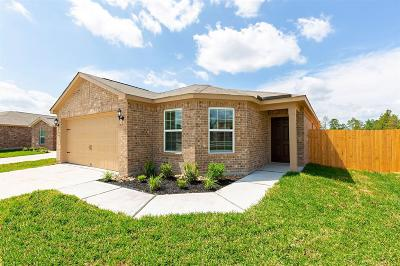 Waller County Single Family Home Pending: 928 Texas Timbers Drive
