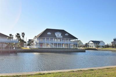 Crystal Beach Single Family Home For Sale: 1241 Fountain View Drive