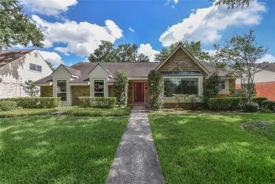 Houston Single Family Home For Sale: 5639 Valkeith Drive
