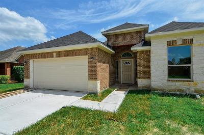 Humble Single Family Home For Sale: 9414 Water Edge Point Lane