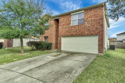 Houston Single Family Home For Sale: 818 Remington Walk Court