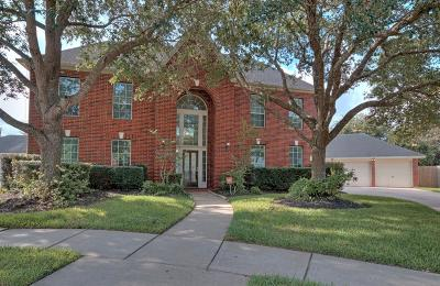 Pearland Single Family Home For Sale: 2303 Primwood Court
