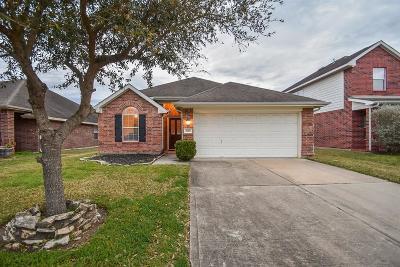 Fresno TX Single Family Home For Sale: $179,000