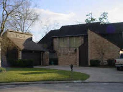 Single Family Home For Sale: 11727 Gardenglen Drive