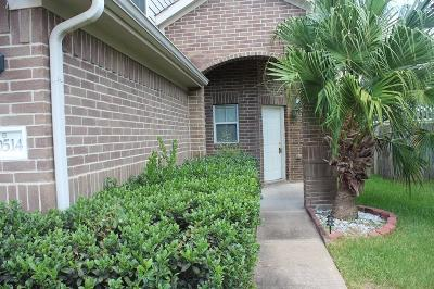 Cypress Single Family Home For Sale: 20514 Holly Barr Lane