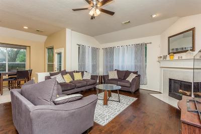 Missouri City Single Family Home For Sale: 823 Desert Rose Pl