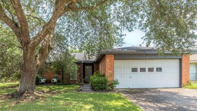 League City Single Family Home For Sale: 6128 Brookdale Drive
