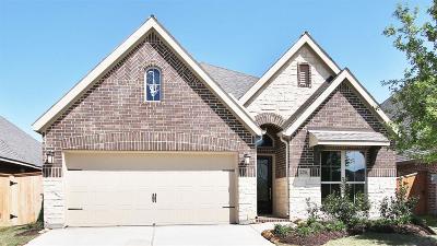 Richmond Single Family Home For Sale: 23726 Via Viale Drive