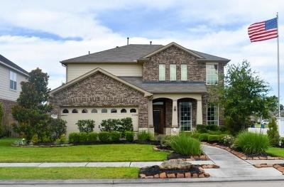 Conroe Single Family Home For Sale: 402 Oak Stream Drive