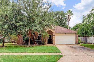 Houston Single Family Home For Sale: 16438 Willingham Way