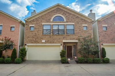 Houston Single Family Home For Sale: 3731 Main Plaza Drive