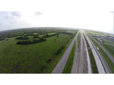 Farm & Ranch For Sale: Southwest Freeway