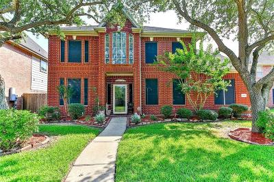 Pasadena Single Family Home For Sale: 4311 Raintree Court