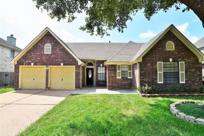 Fort Bend County Single Family Home For Sale: 8518 Rose Garden Drive