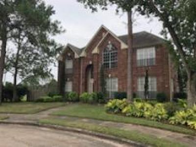 Pasadena Single Family Home For Sale: 4110 Lake Falls Court