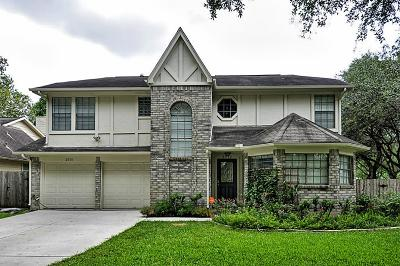 Sugar Land Single Family Home For Sale: 2716 Lakefield Way