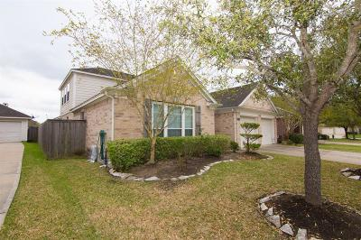 Pearland Single Family Home For Sale: 2307 Restless Bay Lane