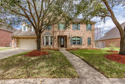 Friendswood Single Family Home For Sale: 3104 Autumn Harvest Drive