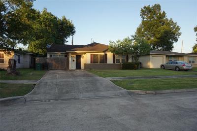 Houston Single Family Home For Sale: 5251 Pomander Road