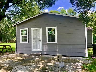 Houston Single Family Home For Sale: 7209 Weyburn Street