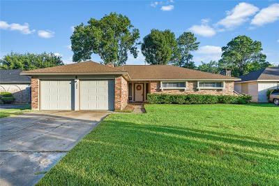 Friendswood Single Family Home For Sale: 306 Brandywyne Drive