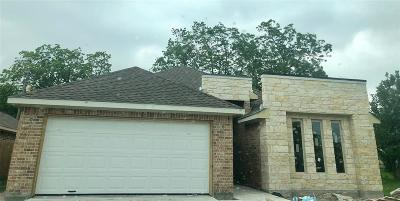 La Porte Single Family Home For Sale: 110 Dr Martin Luther King Jr Dr