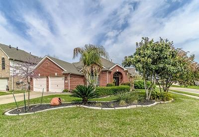 Cypress Single Family Home For Sale: 18318 Heathridge Lane