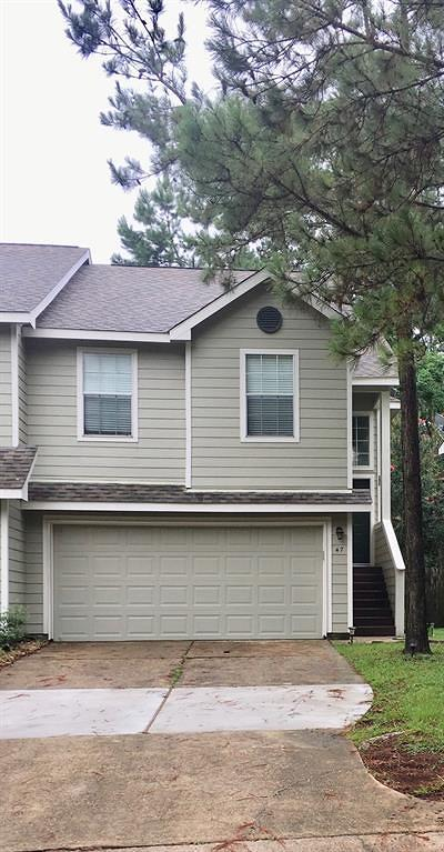 The Woodlands Condo/Townhouse For Sale: 47 N Walden Elms Circle