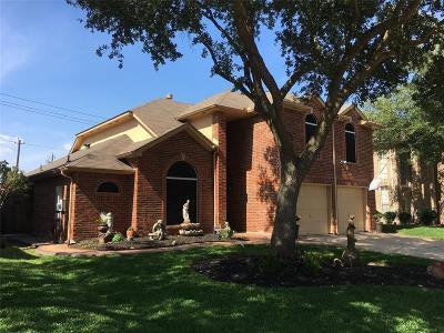 Pasadena Single Family Home For Sale: 4243 Lakewood Drive