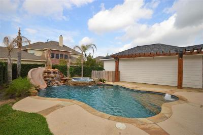 Pearland Single Family Home For Sale: 2304 Bending Spring Drive